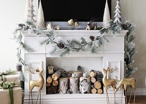 diy-fake-fireplace-for-christmas