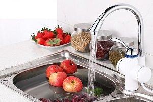 Использование проточного электрического водонагревателя на кран для мгновенного нагрева воды