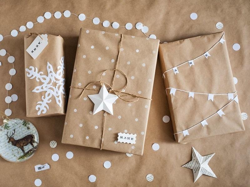 6 способов по-новогоднему оформить подарок