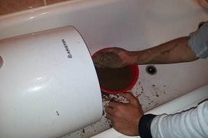 Как выполнить ремонт водонагревателя Аристон своими руками