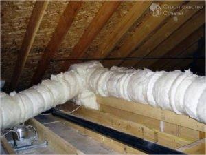 Как утеплить трубы в частном доме