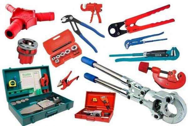 Основные инструменты, необходимые при починки сантехники