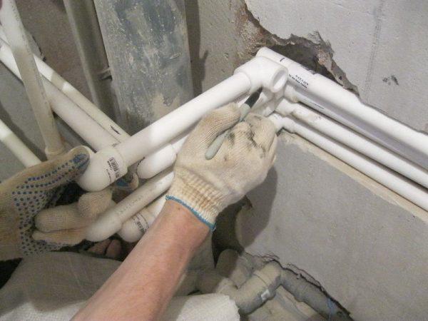 Замена труб в ванной на новые