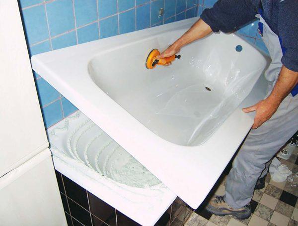 Монтаж вкладыша в ванну