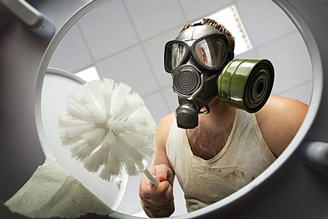 Неприятный запах в ванной комнате — распространённая проблема