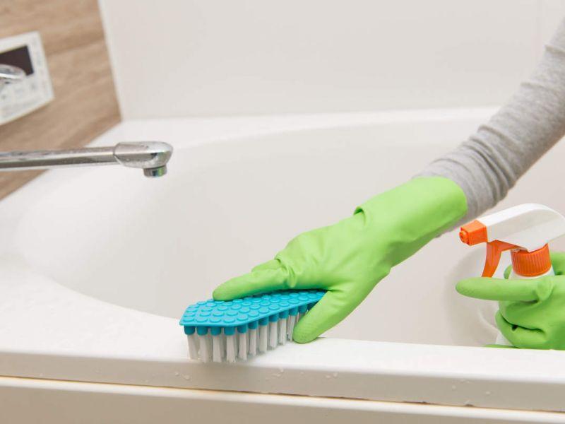 Как удалить известковый налёт в ванной и джакузи: самые действенные способы