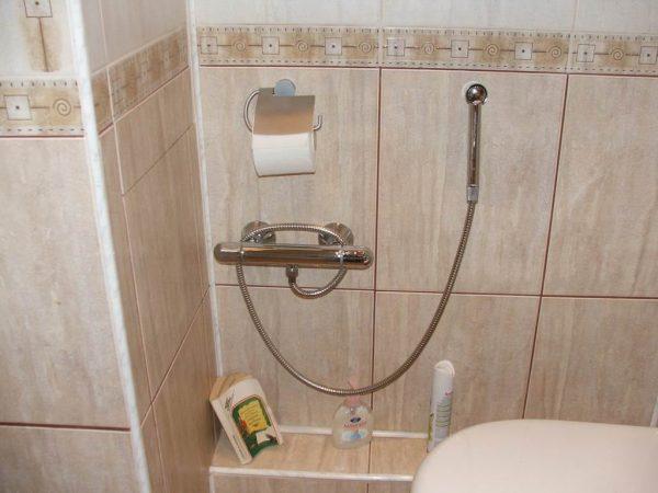 Простой гигиенический душ