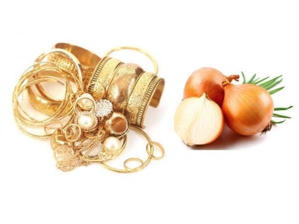 Чистка золота луковым раствором