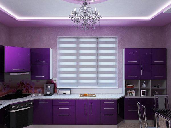 Ярко-фиолетовая кухня